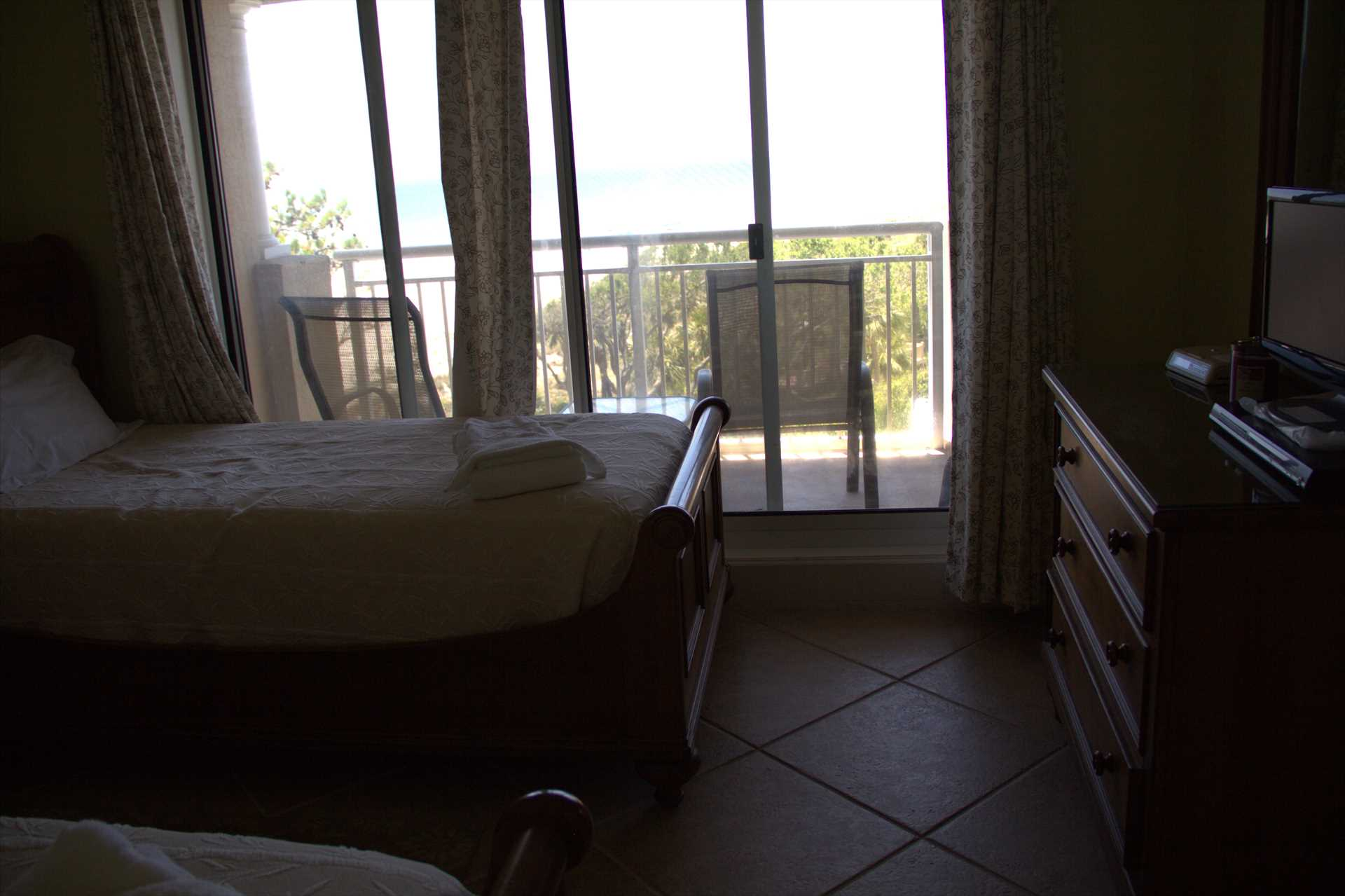 From this bedroom you can go the balcony