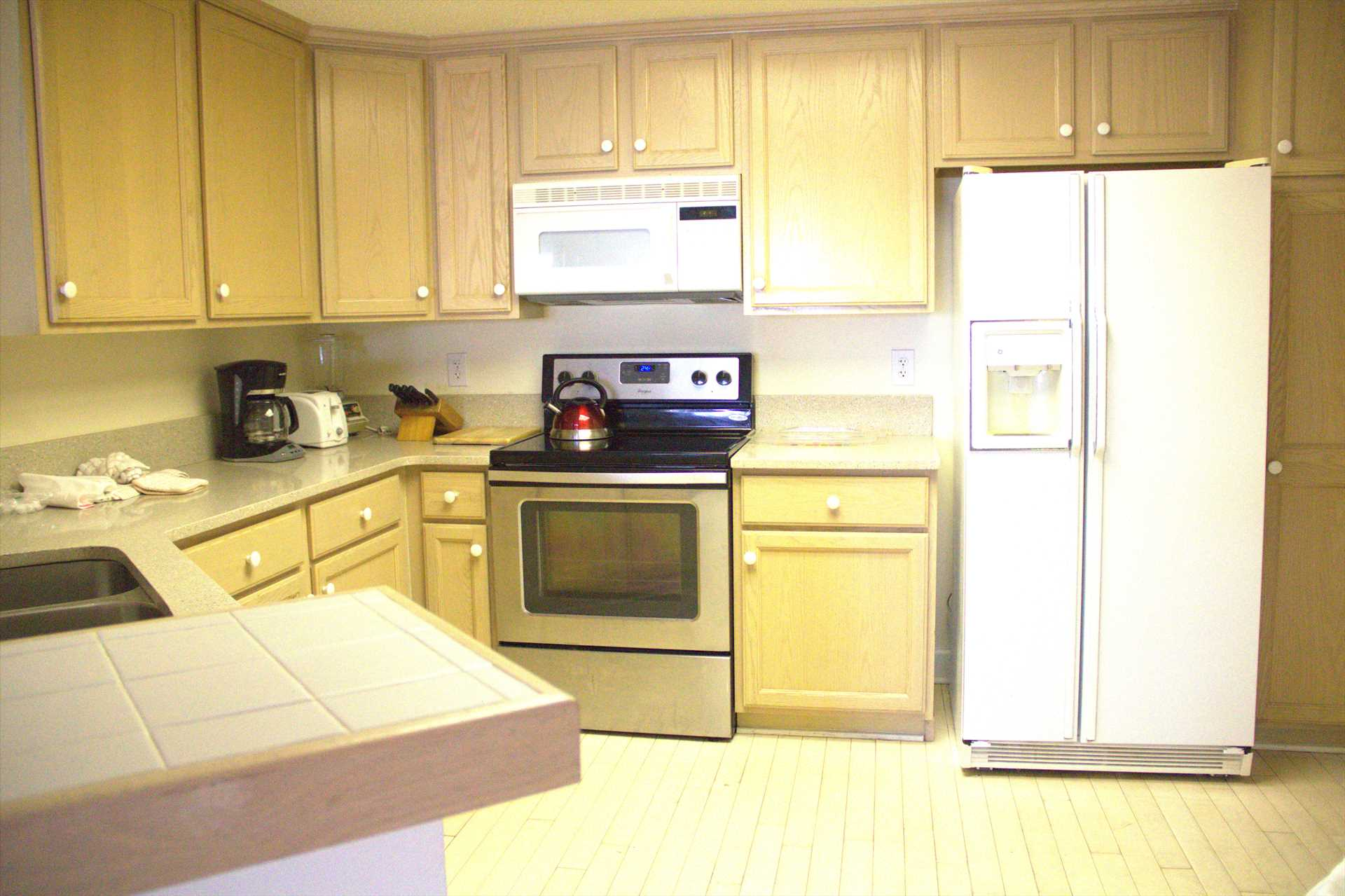 In this large kitchen there will be enough room for 2 cooks