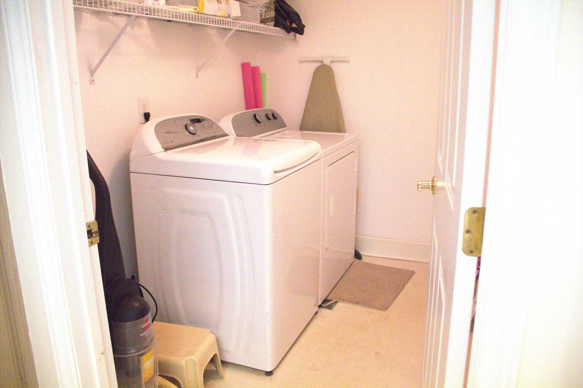 There is a full size washer & dryer in Hampton 5107