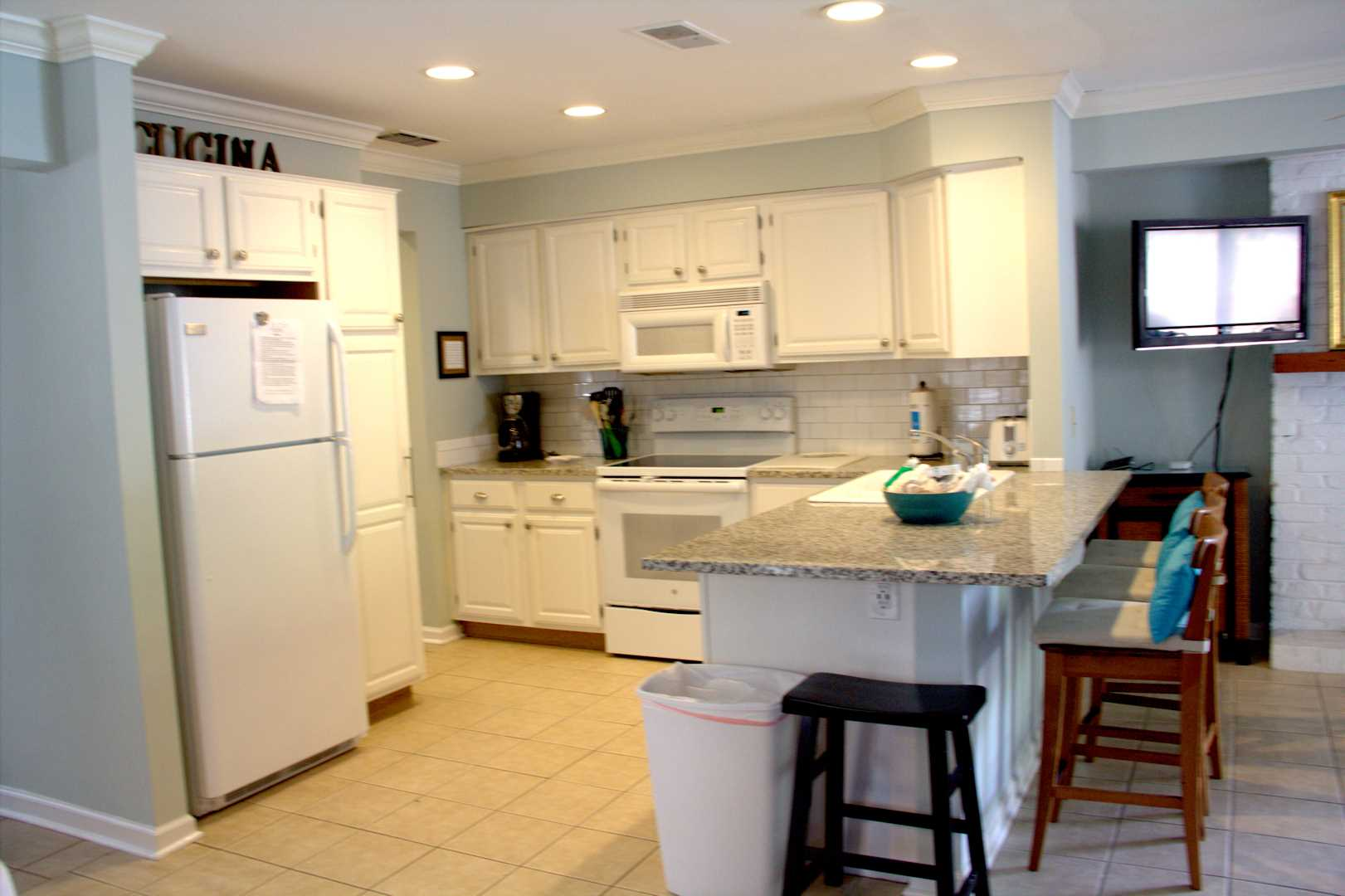 Large well equipied kitchen